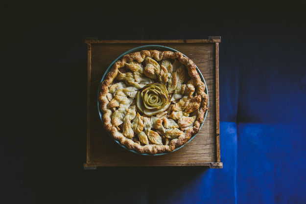 rose apple wreath pie-3
