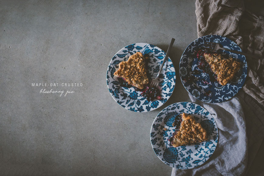 Maple Oat Crusted Blueberry Pie | bettysliu.com