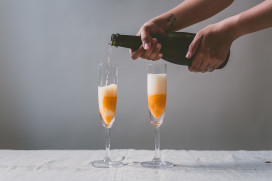 Roasted Cantaloupe Bellini | bettysliu.com
